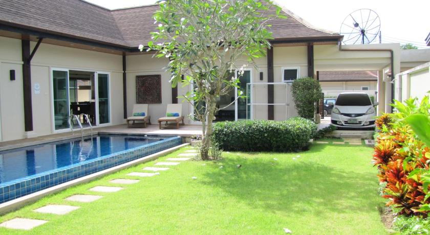 Pool Villa in Bang Tao