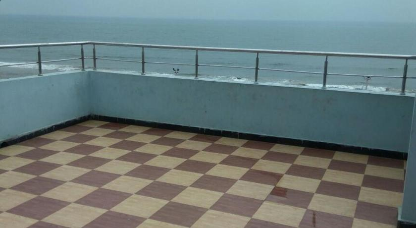 Balcony/terrace Sree SKML Beach Guest House