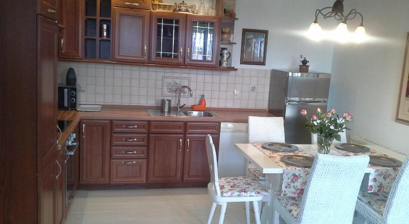 Apartment - Food and beverages Apartment Lidija