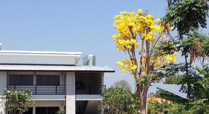 More about NIDA Rooms Lamphun Two Summer Village