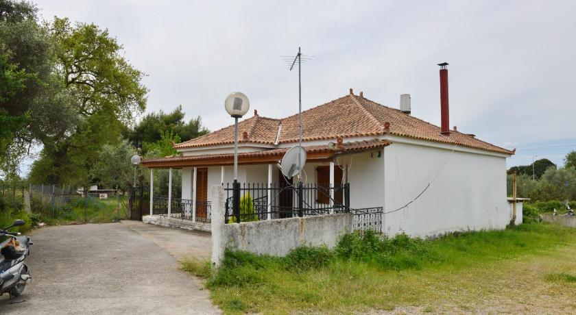 Holiday Home Tzaki Country House