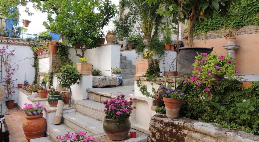 Casa Palacio Carmen del Cobertizo Cobertizo de Santa Inés, 6 Granada