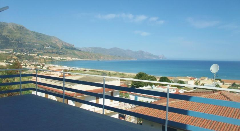 Best Price on Villa La Terrazza sul Golfo in Castellammare del Golfo ...