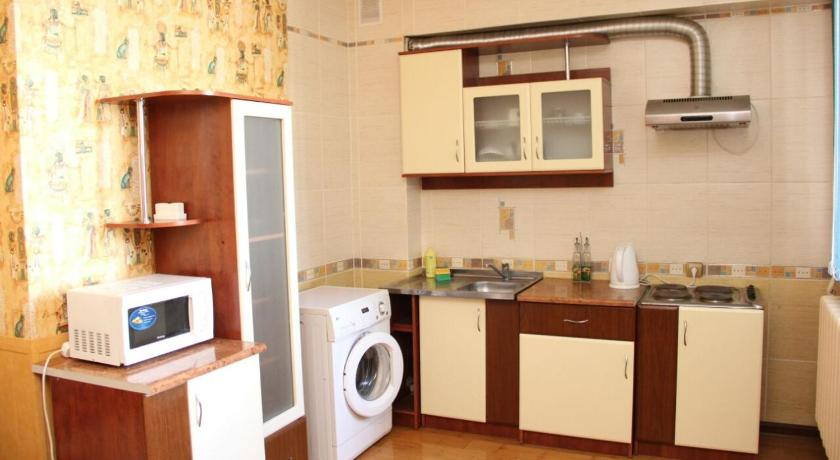 Apartment st, Dostyk