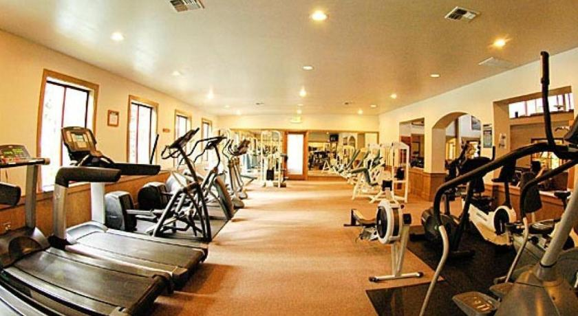 Fitness center Northstar Throwback Townhome