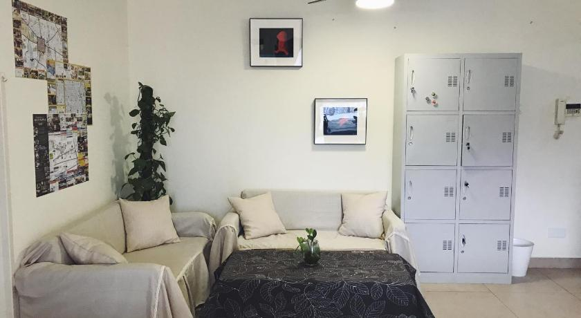 One Bed in 4-Bed Female Dormitory - Separate living room 6307 Youth Hostel