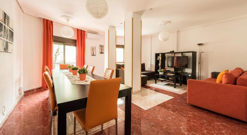 More about Apartamentos El Rastro
