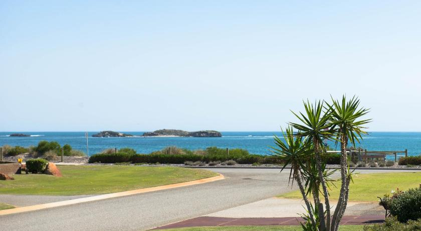 Strand BnB By the Sea Rockingham