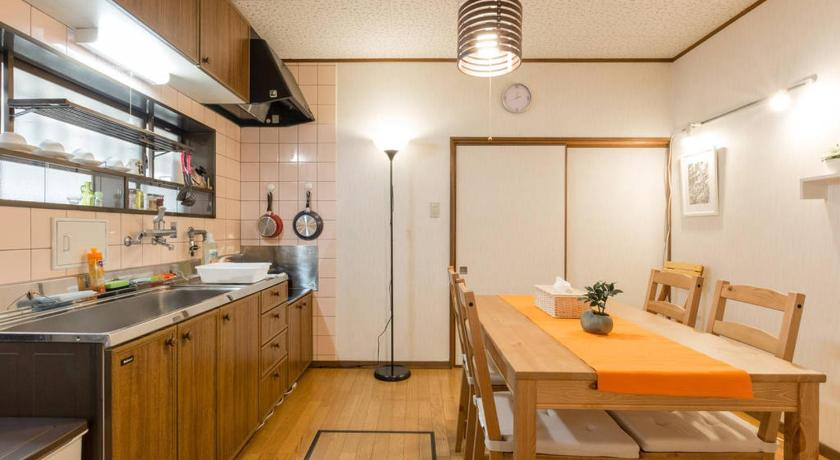 Two-Bedroom House Guesthouse Ruri