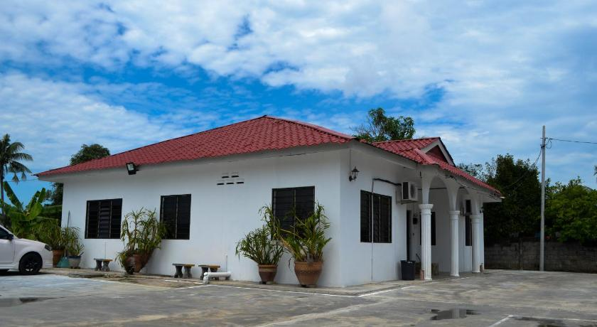 See all 30 photos Sri Padang Guest House