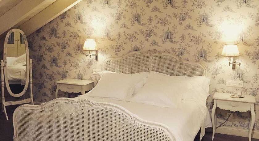 hoteles con encanto en villafranca del bierzo  34