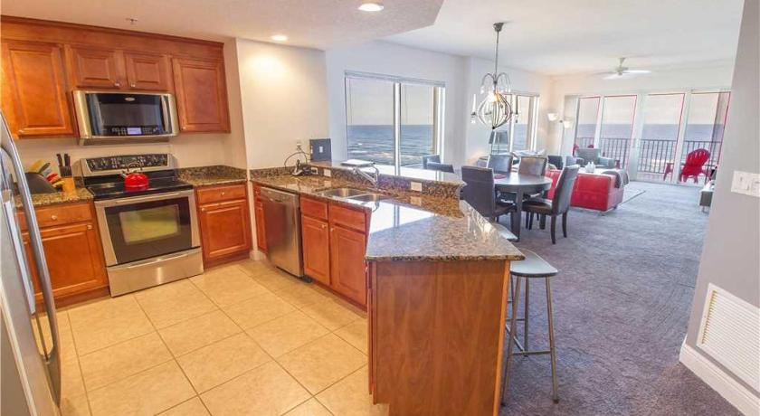 Sanibel 702 - Three Bedroom Condominium
