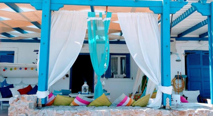 Apartment Monolithos Beach