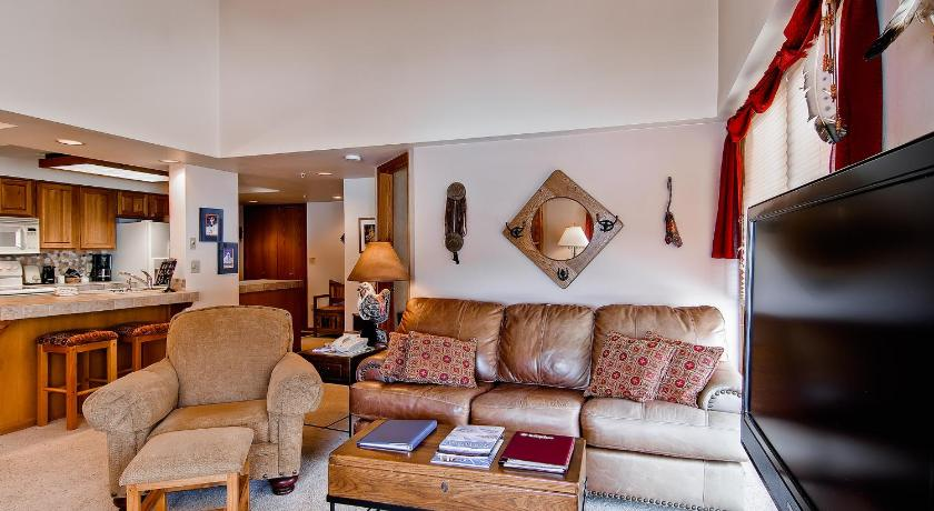 Separate living room Torian Plum by Wyndham Vacation Rentals