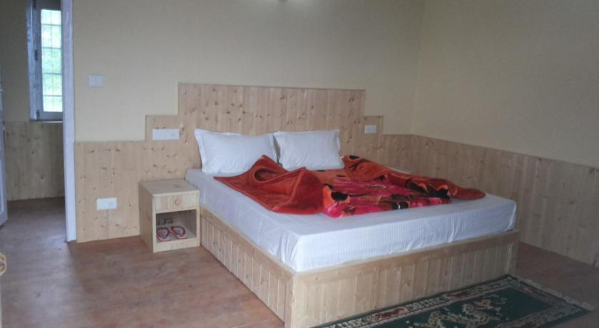 Budget Double Room - Guestroom Holiday Peak