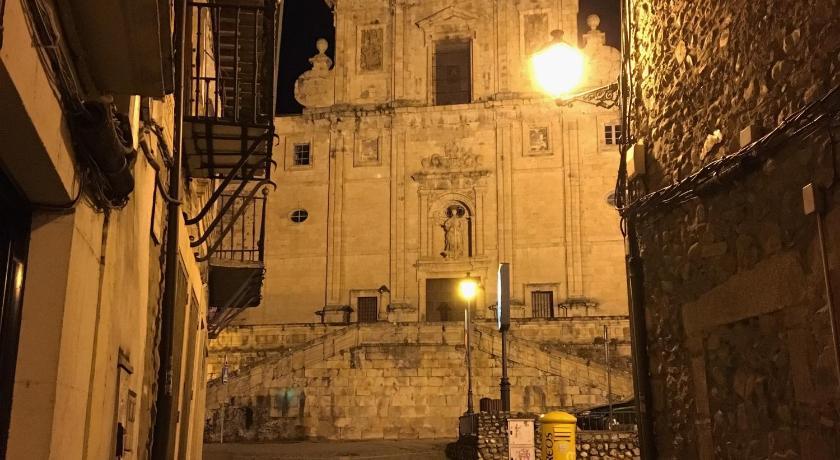 hoteles con encanto en villafranca del bierzo  33