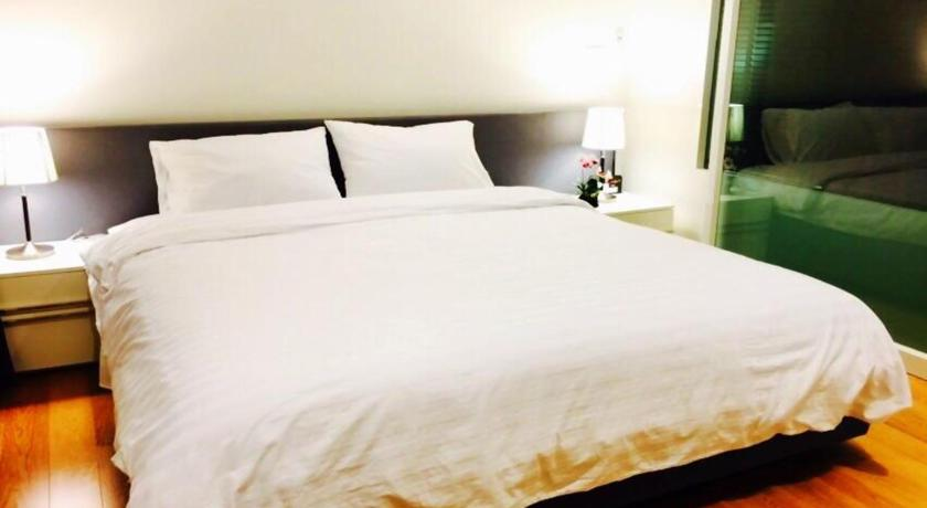 One-Bedroom Apartment - Guestroom The Niffty @ 15 Sukhumvit By Favstay