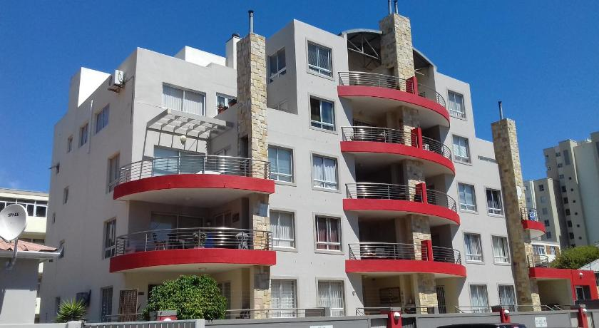 Red Coral Luxury Apartment