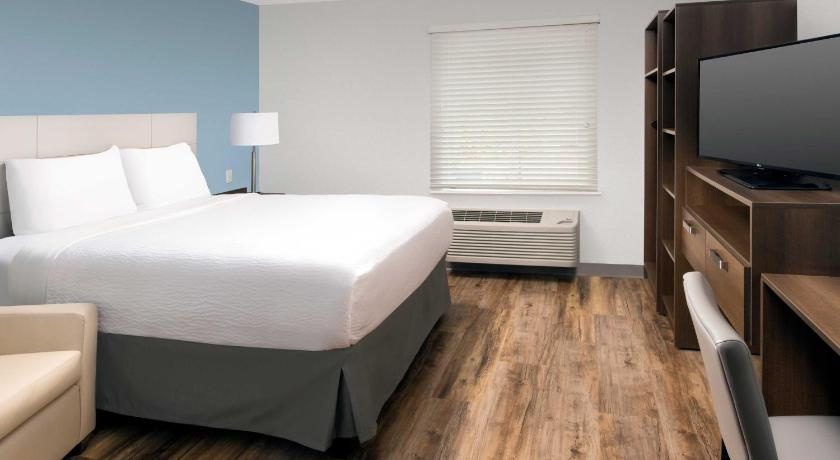 Skatīt visus 25 foto WoodSpring Suites Tampa Northeast