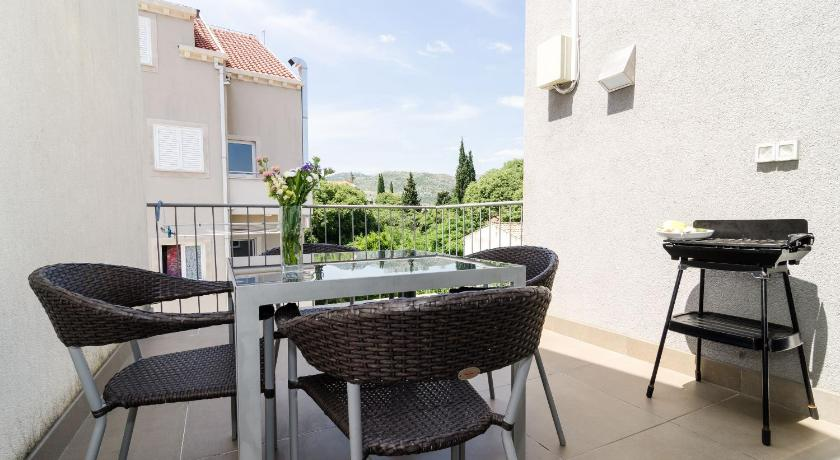 شرفة/ تراس Dubrovnik Apartments Lele