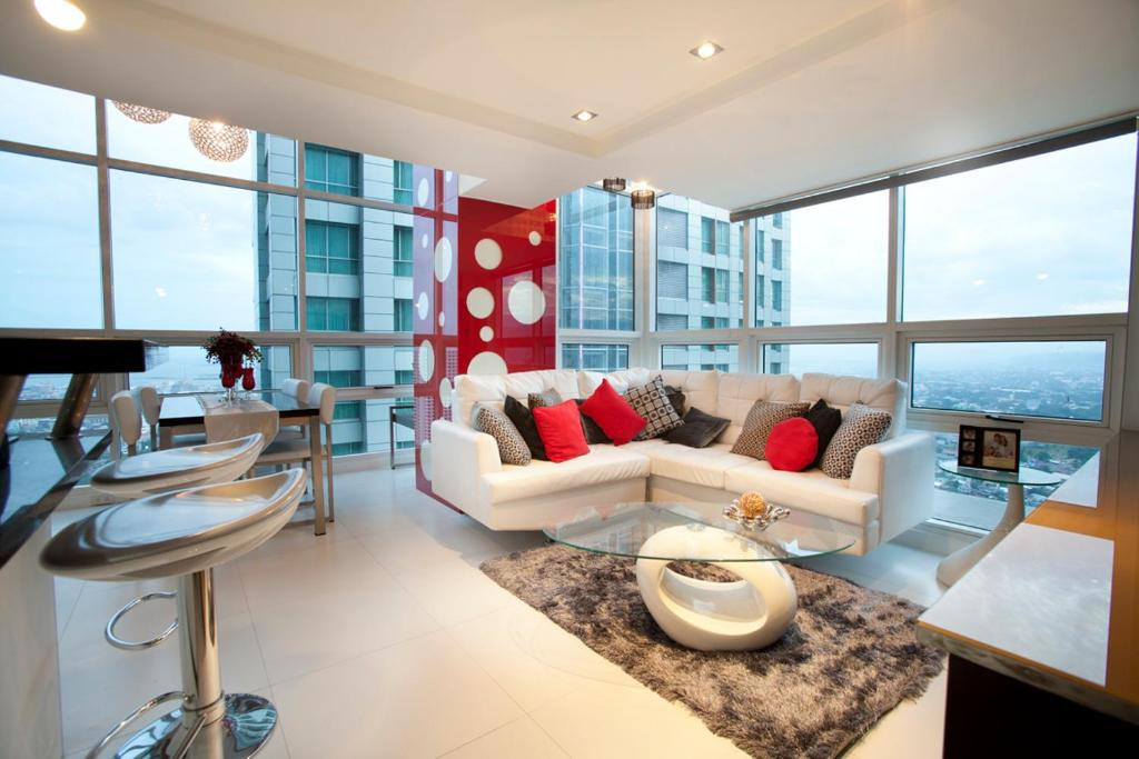 Marvelous 3BR/3Tu0026B Luxury Condo By Kevin