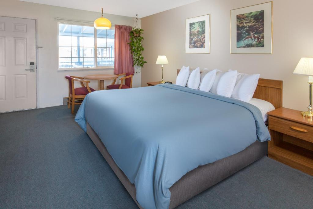 TRAVELODGE® CRESCENT CITY - Crescent City CA 353 L 95531