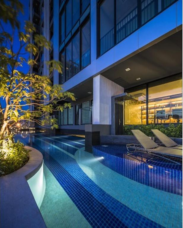 游泳池 Luxury Condo in The City