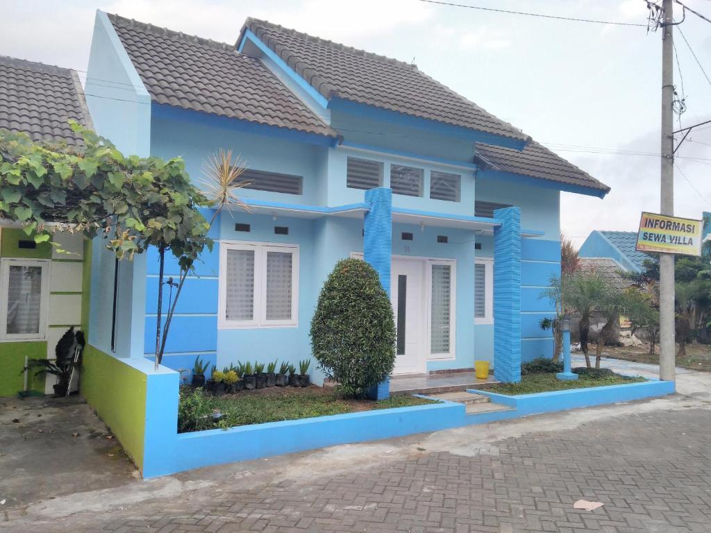 Best Price on Villa Batu 88 in Malang + Reviews! b675d11899