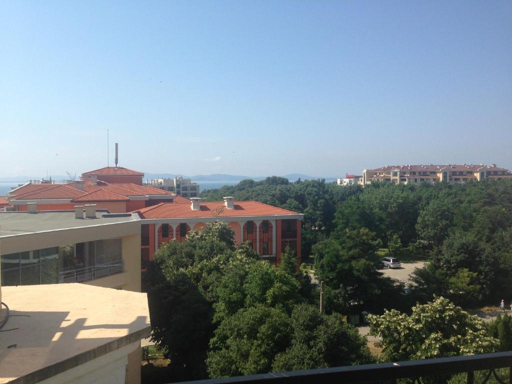 Best Price On Family Apartment In Sunset Resort In Pomorie