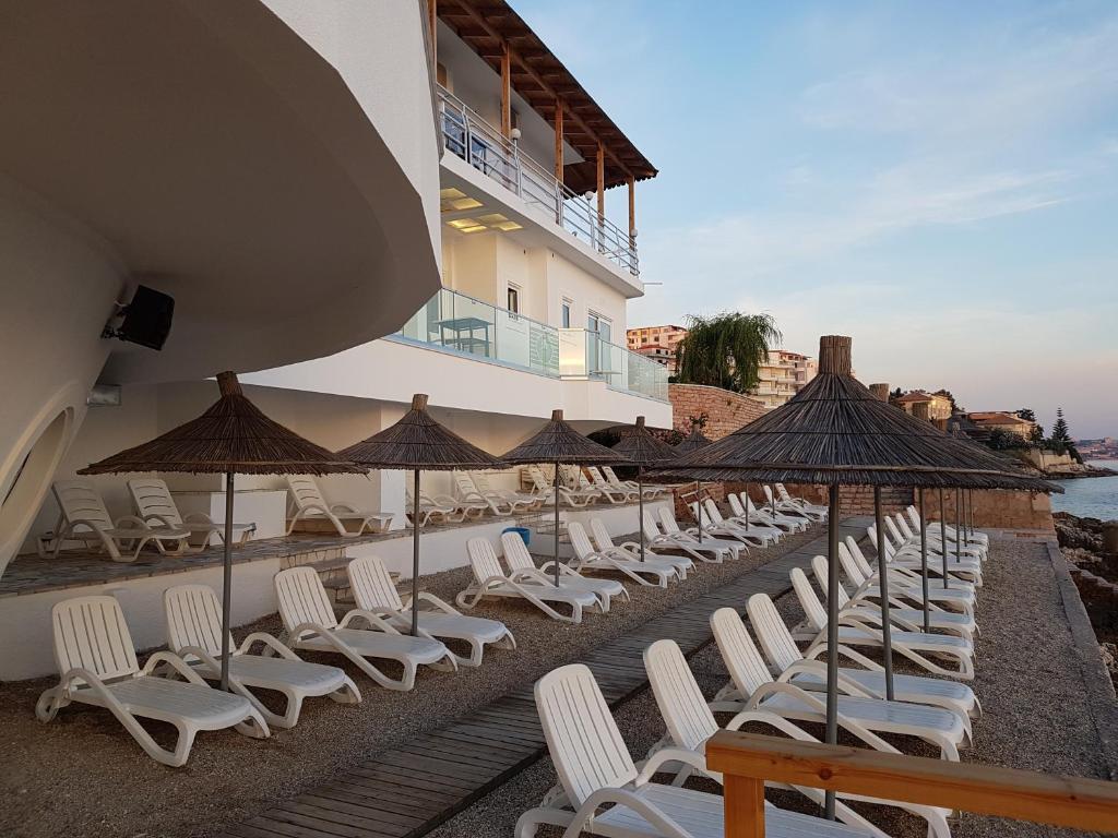 Hotel Delfini Saranda Sista Minuten Erbjudanden P 229 Agoda Com