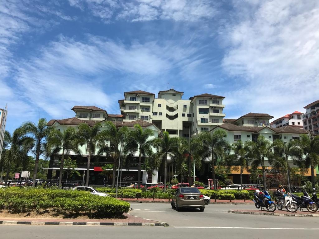 Best Price on Nusantara Mattwaddien M.S in Kota Kinabalu
