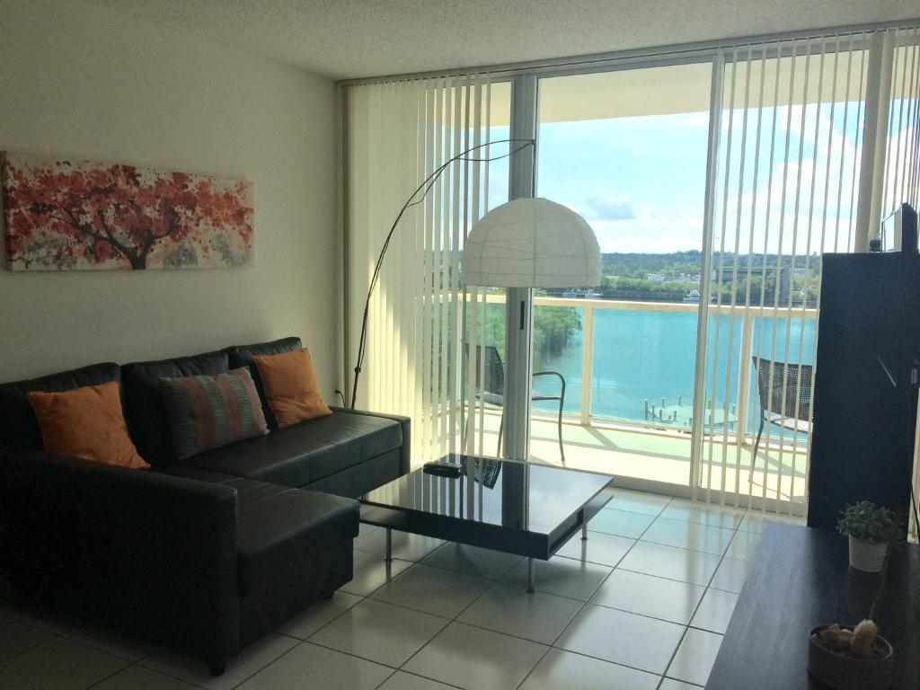 Best Price on Intracoastal by Rent Miami 305 in Miami ...