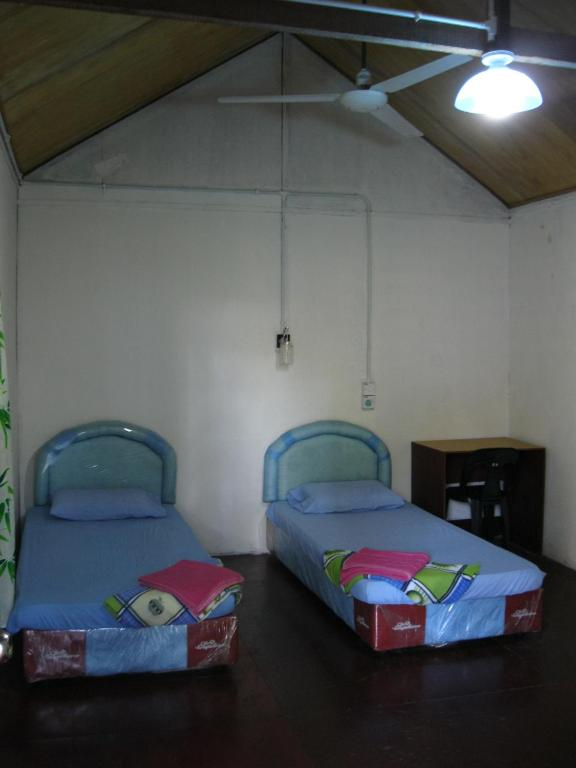 Budget Double or Twin Room Sukau RB Lodge