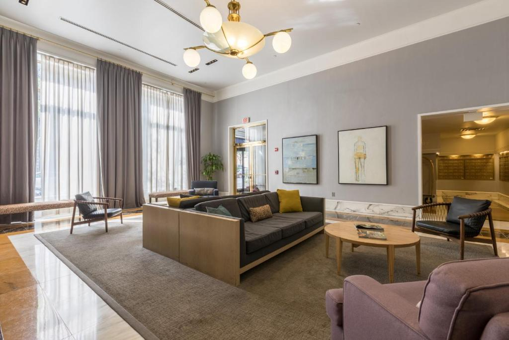 Lobby Bluebird Furnished Apartments in the Heart of Hoboken