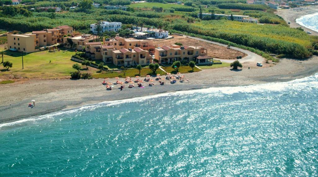 842cdf840382f5 Silver Beach Hotel   Apartments - Hotel in Gerani Chanion (Greece)