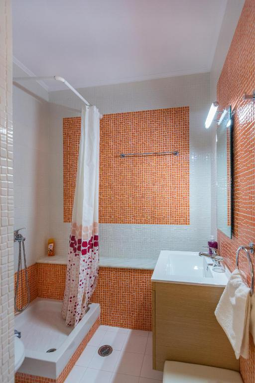 Studio (2 Adults) with Sea View First Floor - Shower Louiza Apartments