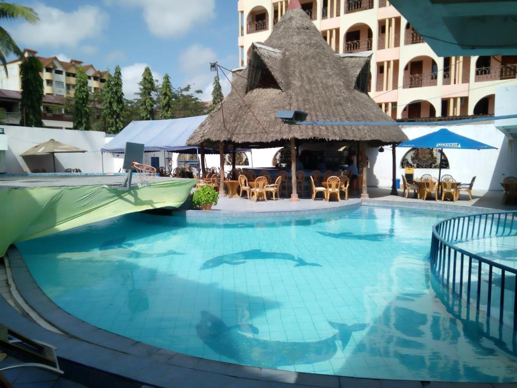 蒙巴薩黏巴達度假村 (Lambada Holiday Resort Mombasa)