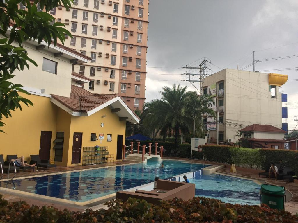 Best price on cherry s place near airport mall in manila reviews for 10 b swimming pool ups 5 sucat paranaque