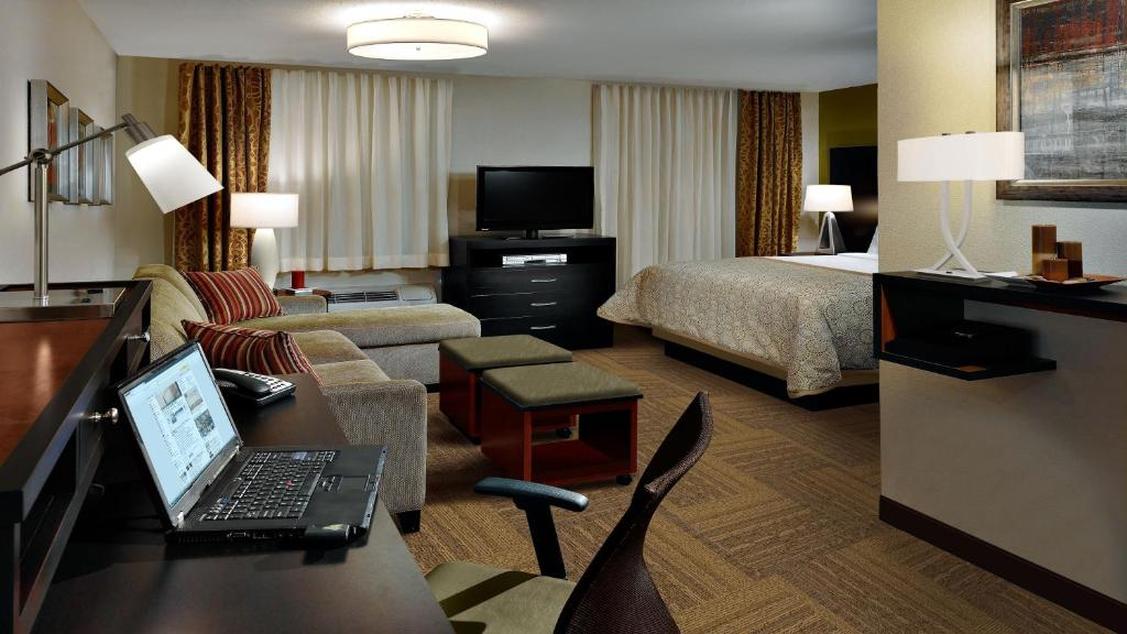 Staybridge Suites - Odessa - Interstate HWY 20