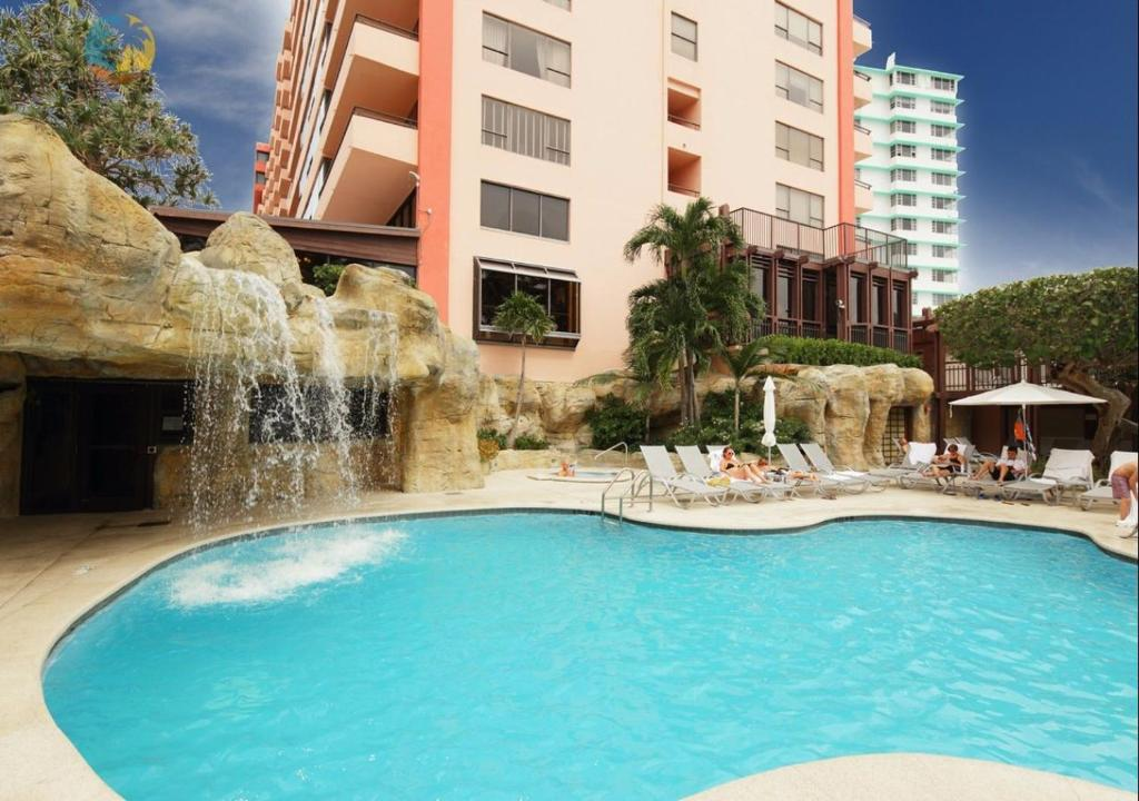 Piscina Deluxe Beach Resort - HORA RENTALS