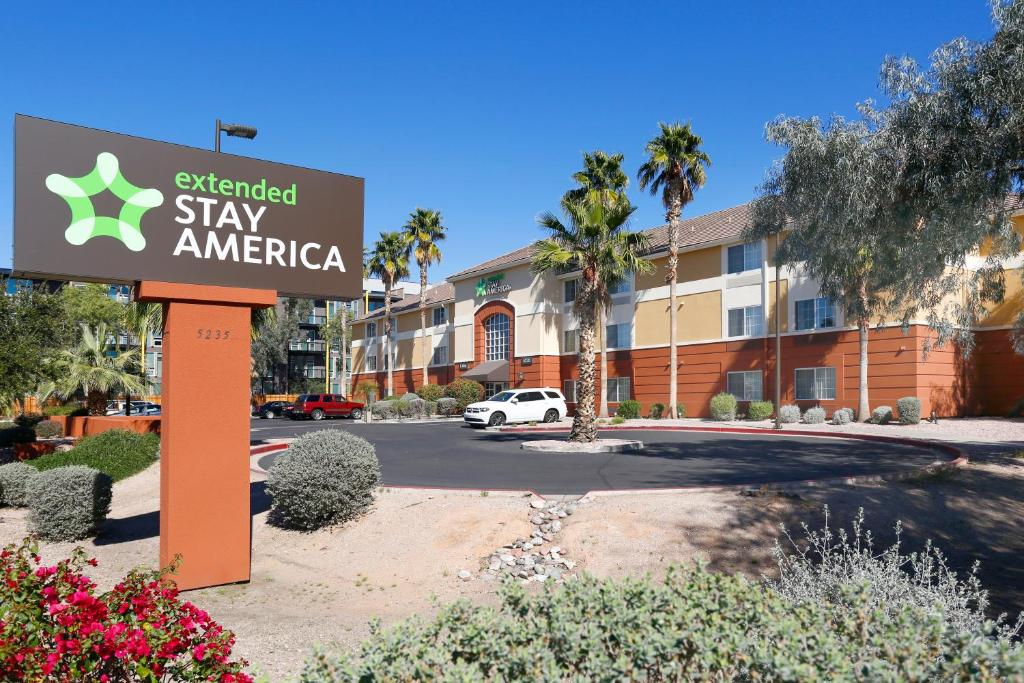 Extended Stay America - Phoenix - Biltmore photo