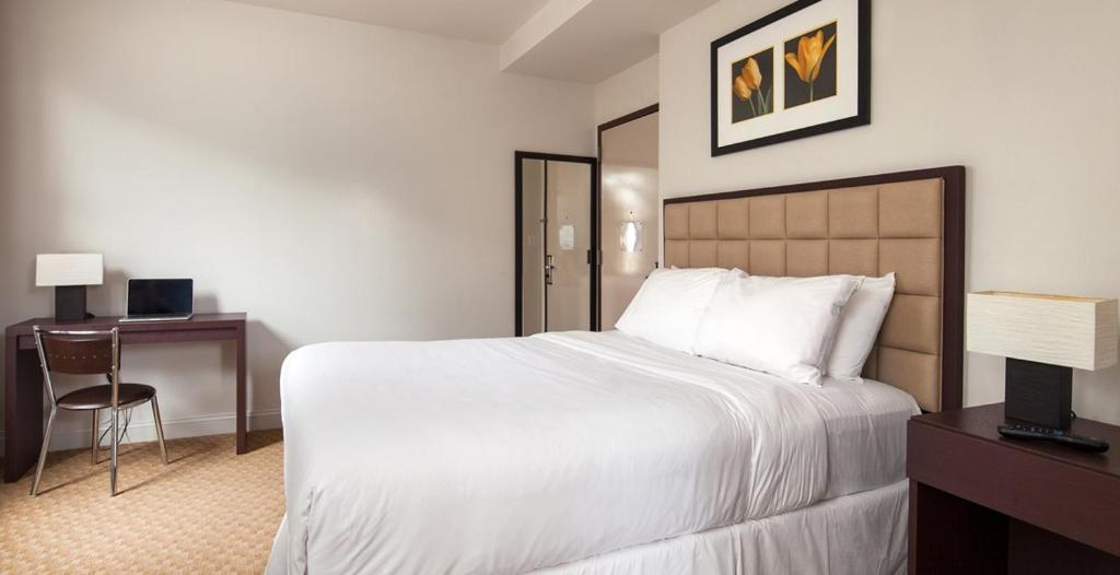 Book Now Hotel 91 (New York City, United States). Rooms Available for all budgets. Located in Manhattan's Lower East Side Hotel 91 is a 5-minute walk to Chinatown and the East Broadway subway station. It offers free wired internet and rooms with flat-screen