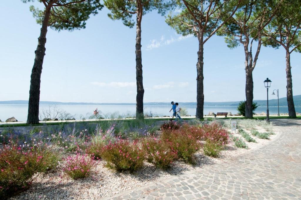 B B La Terrazza Sul Lago Starting From 59 Eur Hotel In