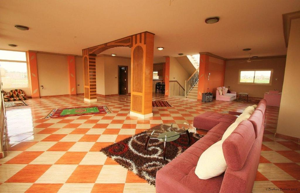 Four-Bedroom Villa (8 Adults) Tahrir Villa Luxor