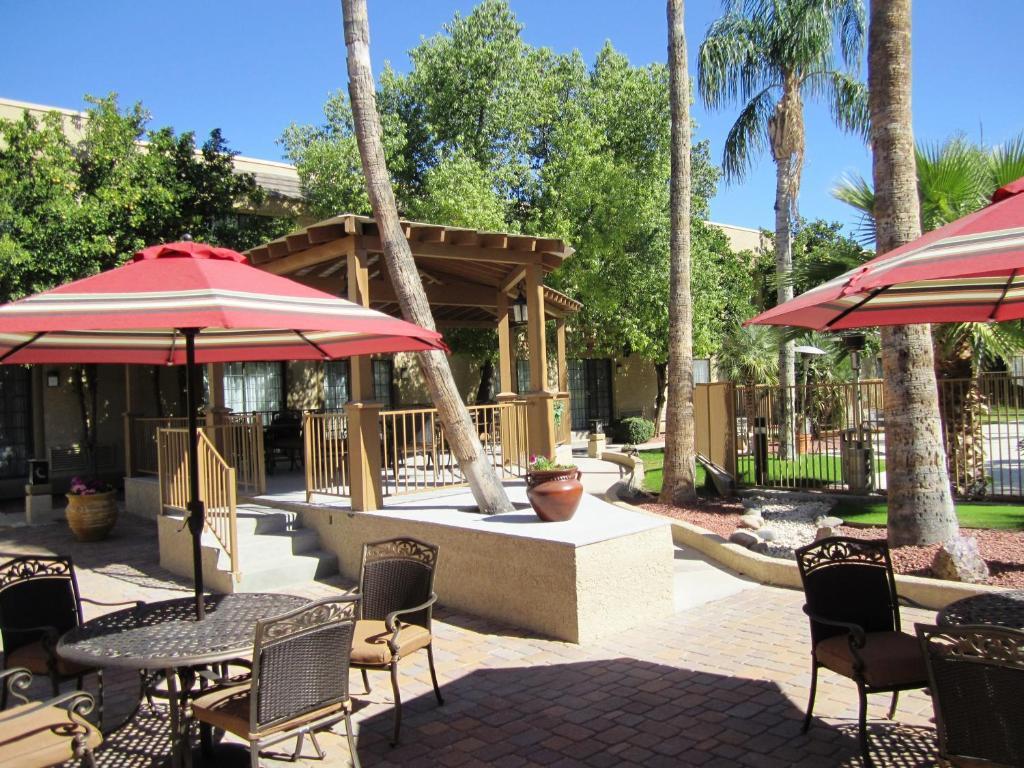 Best western plus tucson intl airport hotel suites in - 2 bedroom suite hotels in tucson az ...