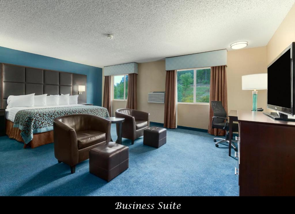 Book Now Days Inn Williams (Williams, United States). Rooms Available for all budgets. A downtown locale an indoor pool complimentary Wi-Fi a buffet breakfast and free parking provide comfort and convenience to our guests staying at the non-smoking Days Inn Will