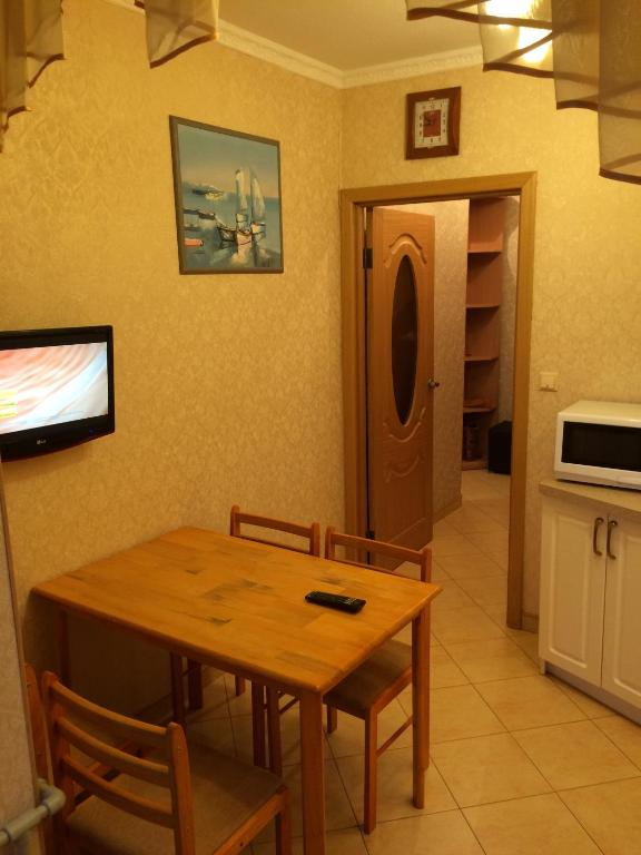 Apartment on Sibiryakova 12