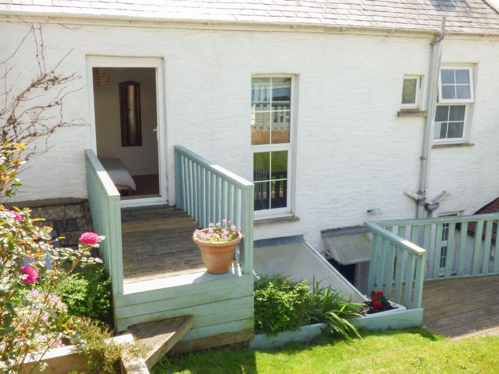Four-Bedroom Holiday Home The Old Police House, Braunton