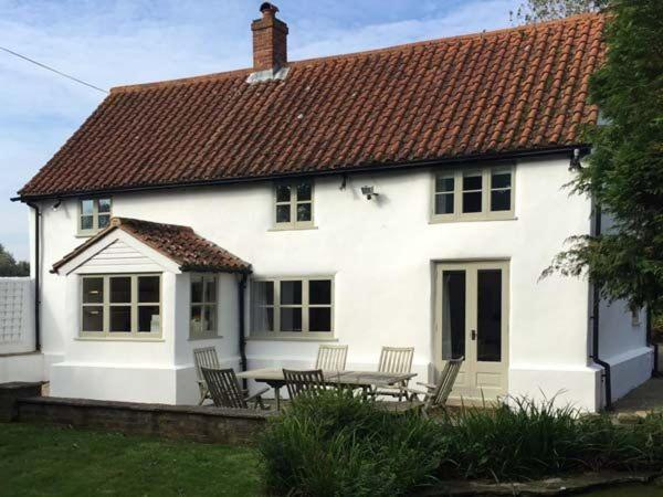 The White Cottage, Chichester