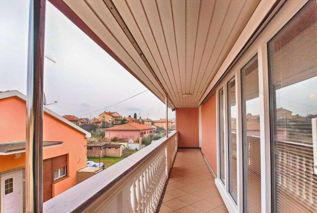 Apartments Josip 1544